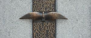 Grabgestaltung München Eichenlaub Foto4